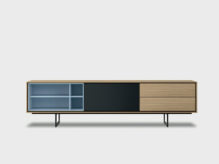 Lacquered solid wood sideboard AURA C1-2 by TREKU