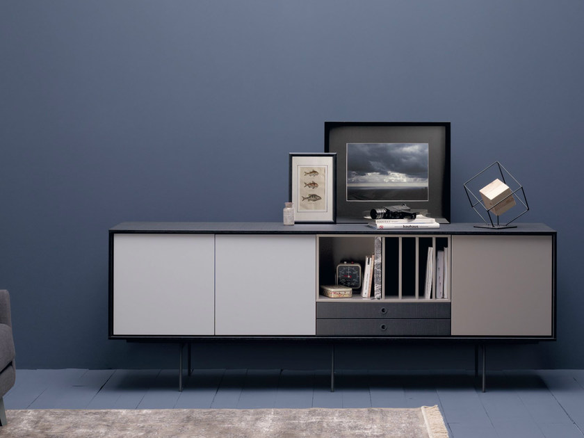 Lacquered solid wood sideboard AURA S9 by TREKU