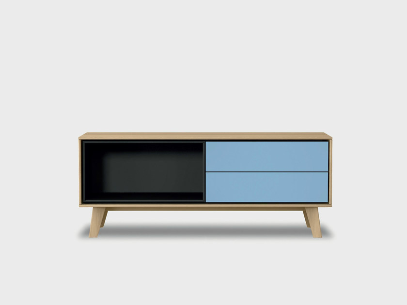 Lacquered solid wood sideboard AURA C2-2 by TREKU