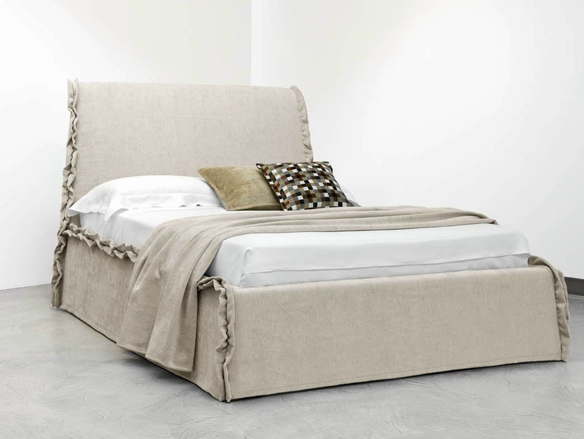 Fabric bed with high headboard VOLA by horm