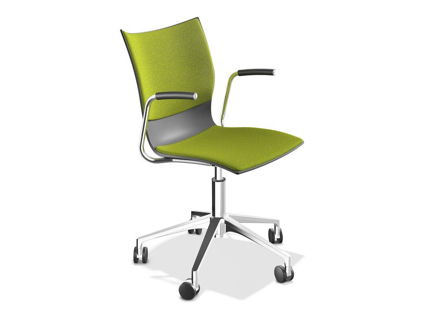 Chair with 5-spoke base with armrests ONYX IV | Chair with armrests by Casala