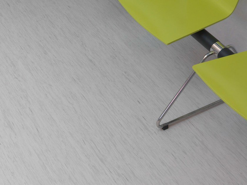 Resilient vinyl flooring STANDARD PLUS by TARKETT