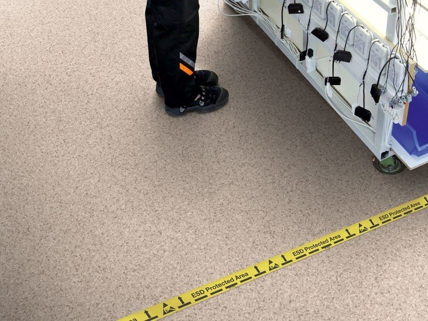 Resilient static dissipative vinyl flooring PRIMO SD by TARKETT
