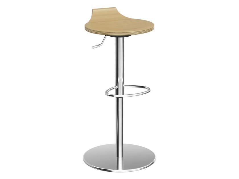 Wooden barstool RAVELLE IV | Wooden stool by Casala