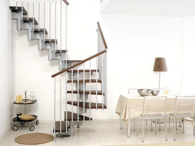 Solid wood Open staircase in kit form KOMPACT by Fontanot