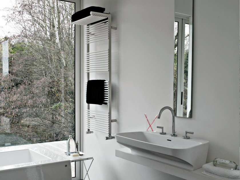 Vertical wall-mounted towel warmer HOTEL 14 by Tubes Radiatori