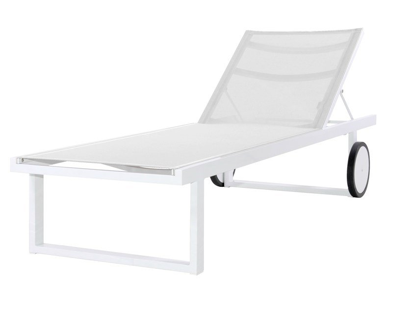 Aluminium garden daybed with Casters ALLUX Lounger by MAMAGREEN