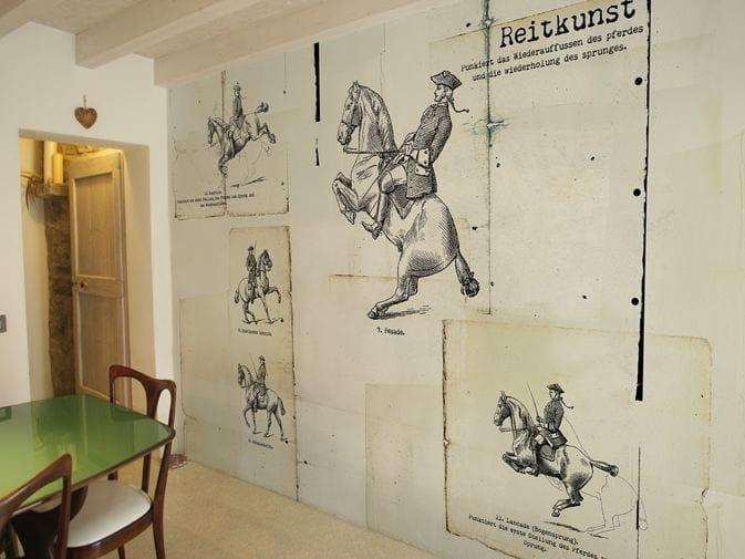 Vinyl wallpaper FIG.1 by GLAMORA