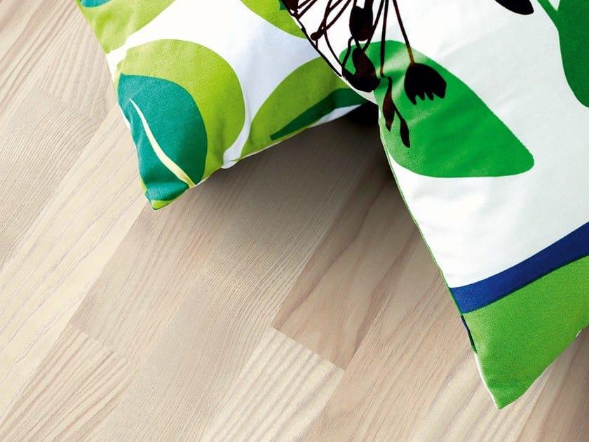 Laminate flooring NORDIC ASH 3-STRIP by Pergo