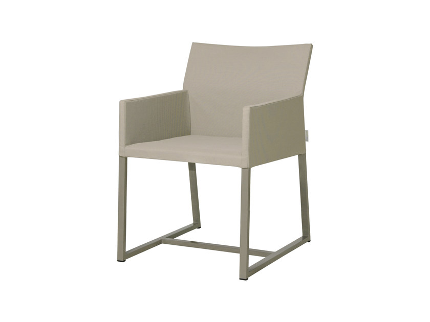 Sled base aluminium restaurant chair with armrests MONO Dining Chair by MAMAGREEN