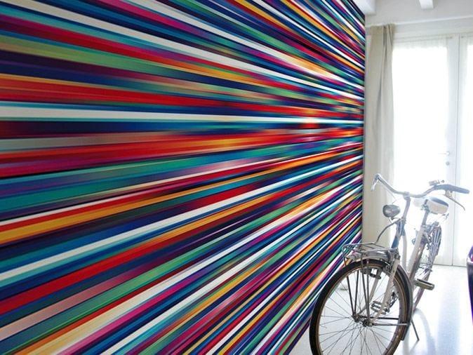 Striped optical vinyl wallpaper ENERGETIC by GLAMORA