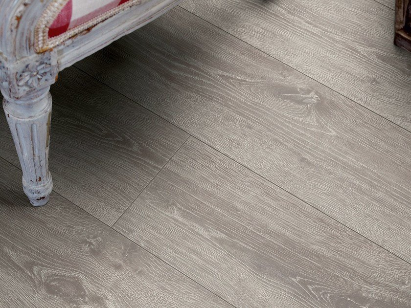 Laminate flooring with wood effect AUTUMN OAK by Pergo
