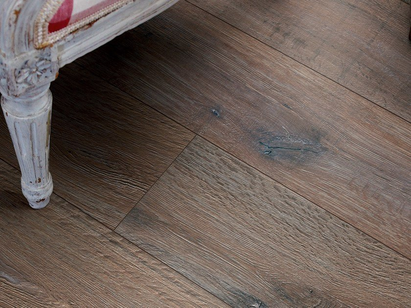 Laminate Flooring With Wood Effect Reclaimed Dark Oak By Pergo