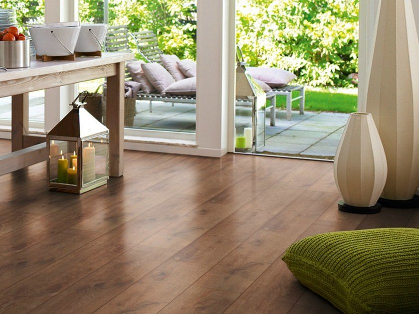 Laminate flooring with wood effect VINTAGE OAK by Pergo