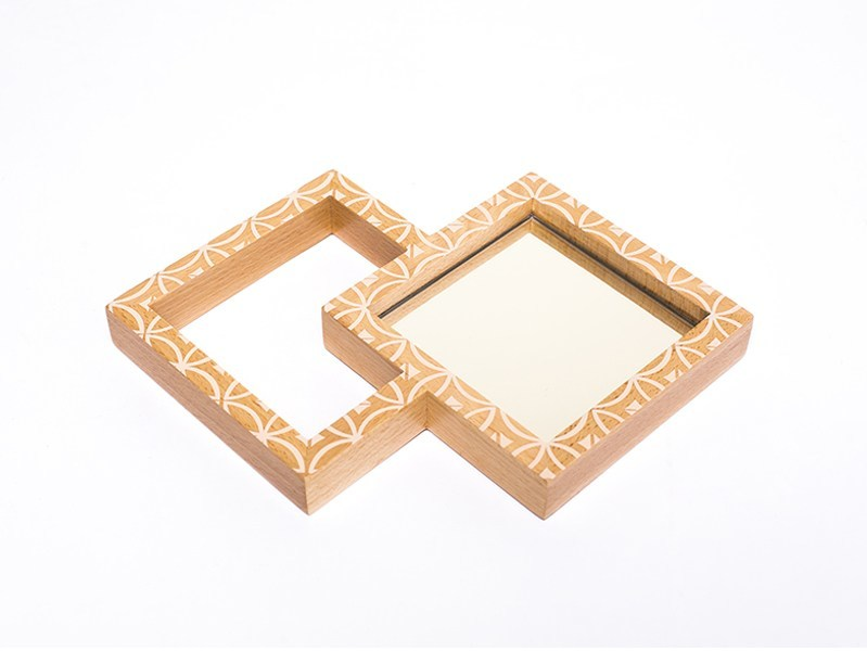 Framed mirror HONEYCOMB by Nevoa
