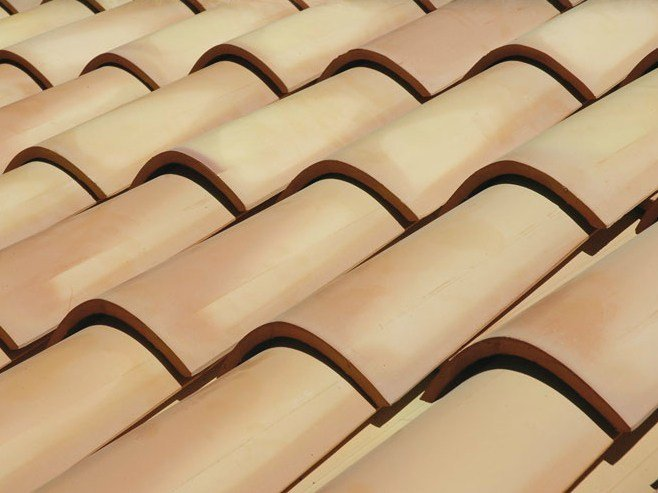 Clay bent roof tile COPPO MEDITERRANEO by Tegolaia