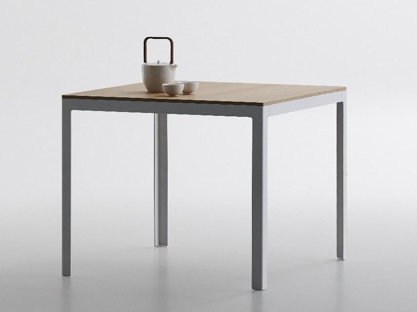 Square MDF table TYPE | Square table by iCarraro