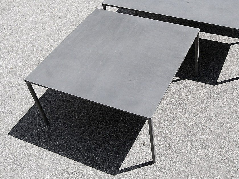 Square cement table BOIACCA | Square table by Kristalia