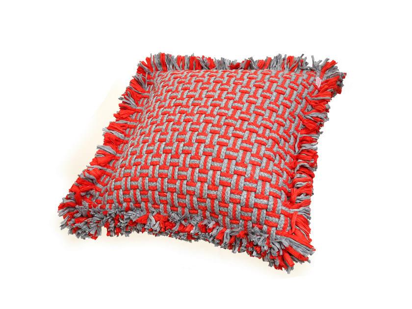 Square technical fabric cushion GUARANI | Cushion by Darono