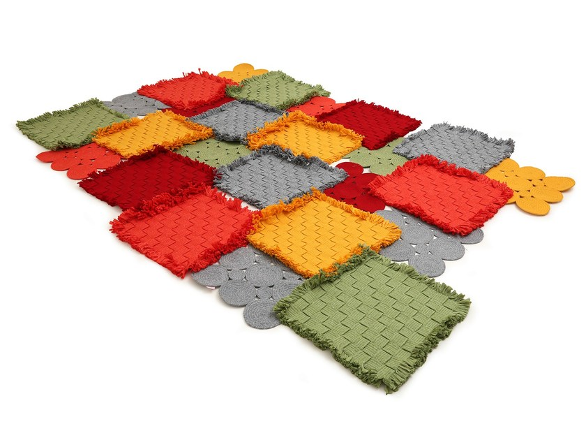 Patchwork technical fabric rug REEF   Rug by Darono