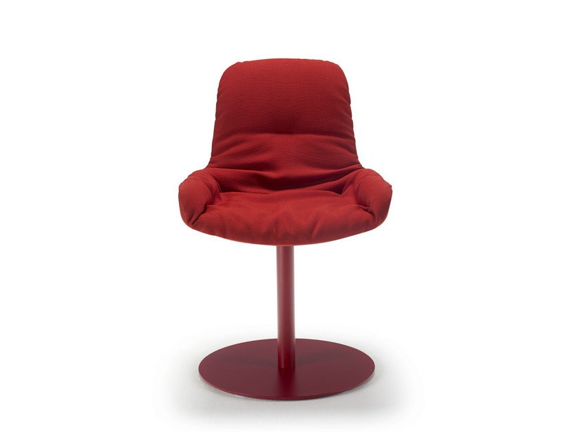 Upholstered fabric easy chair LEYA ARMCHAIR LOW | Fabric easy chair by Freifrau