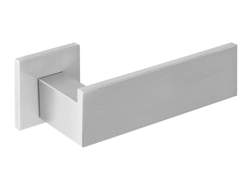 Stainless steel door handle on rose RIBBON | Door handle by Formani