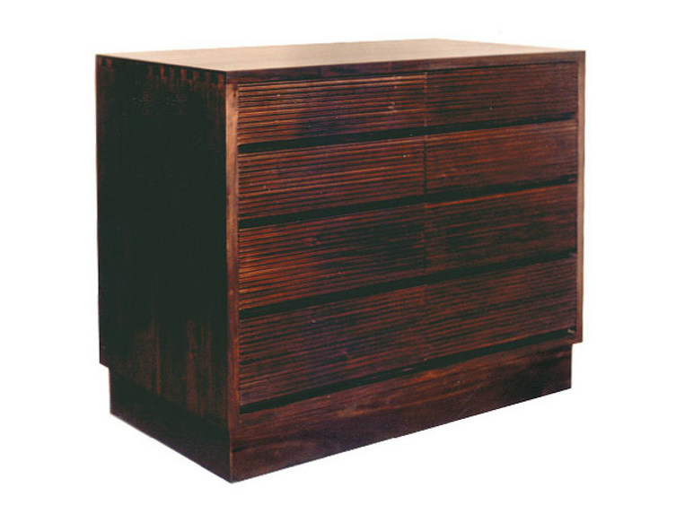 Wooden chest of drawers GROOVE | Wooden chest of drawers by WARISAN