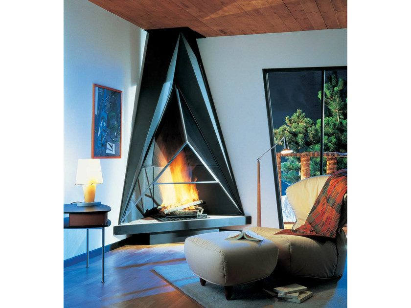 Corner metal fireplace CAMILIA 984 by JC Bordelet