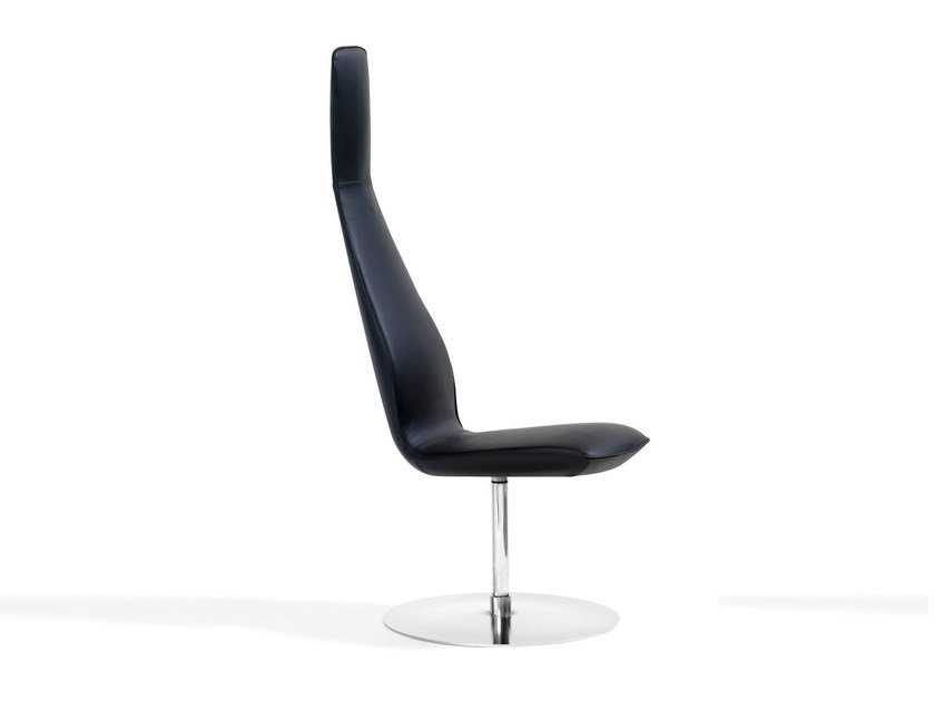 Swivel high-back leather armchair POPPE | Leather armchair by Blå Station