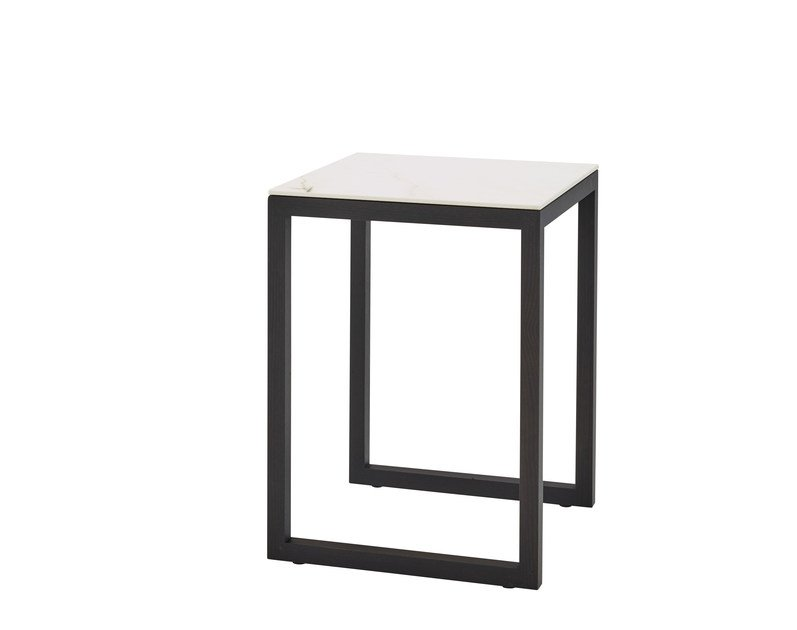 Square coffee table ISO | Coffee table by Ligne Roset