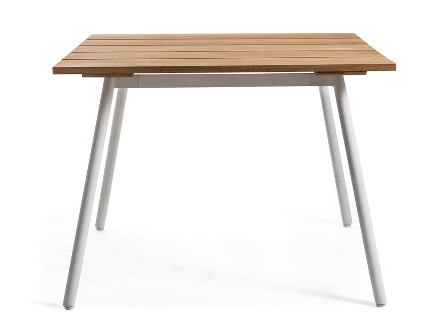 Square teak garden table REEF | Square table by OASIQ