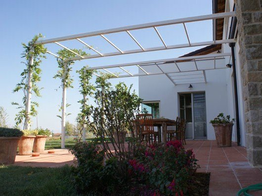 Wall-mounted steel pergola LIVING | Pergola by CAGIS