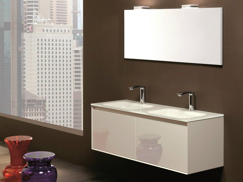 Double lacquered vanity unit LU.19 by Mobiltesino