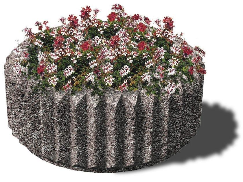 Concrete Flower pot CORONA by Tegolaia