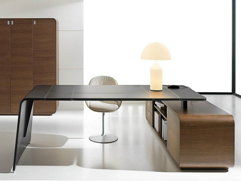 L-shaped tanned leather executive desk with drawers SESTANTE | L-shaped office desk by IFT
