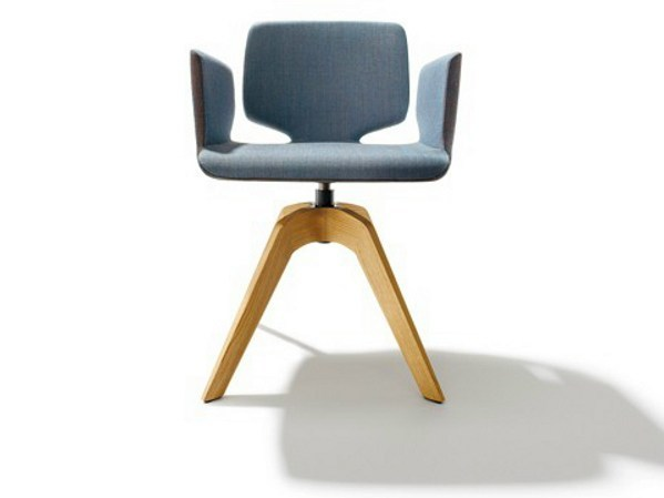 Swivel trestle-based chair with armrests AYE | Swivel chair by TEAM 7