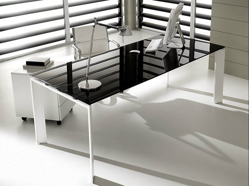 Rectangular lacquered glass executive desk PRATIKO | Glass office desk by IFT