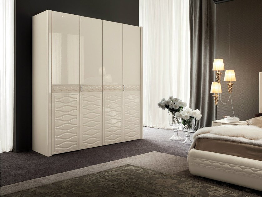 Lacquered wardrobe with folding doors CHANEL | Wardrobe with folding doors by Dall'Agnese