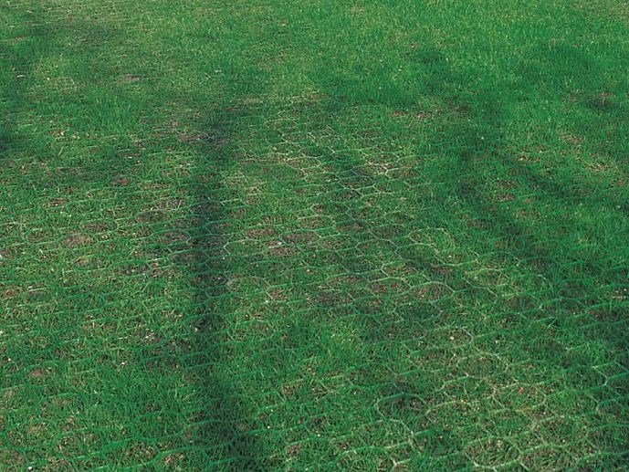 Soil stabilization and lawn reinforcement modular grid PRATOBLOCK by TENAX