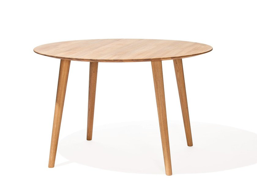 Round dining table MALMÖ | Round table by TON