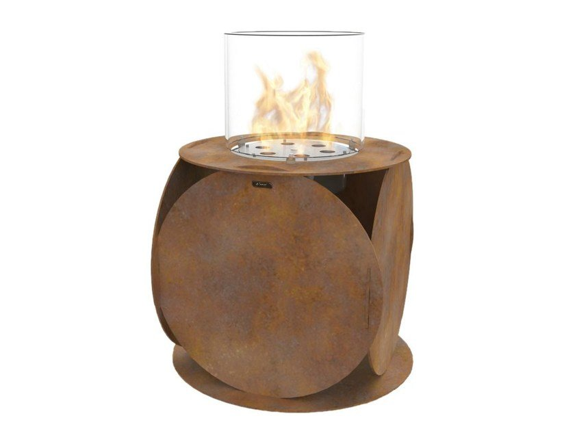 Bioethanol freestanding Corten™ fireplace LIRA | Corten™ fireplace by GlammFire