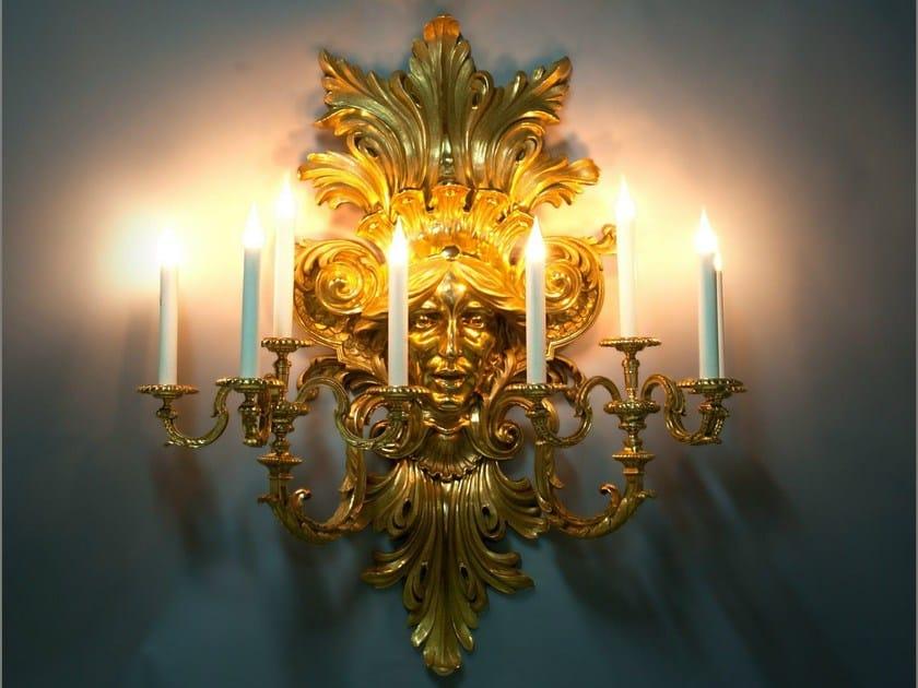 Bronze wall light 21936 | Wall light by Tisserant