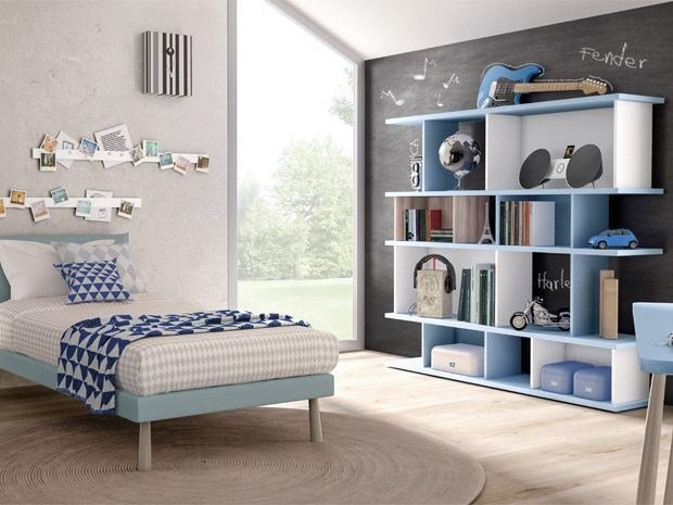 Freestanding lacquered bookcase DOMINO | Lacquered bookcase by Zalf