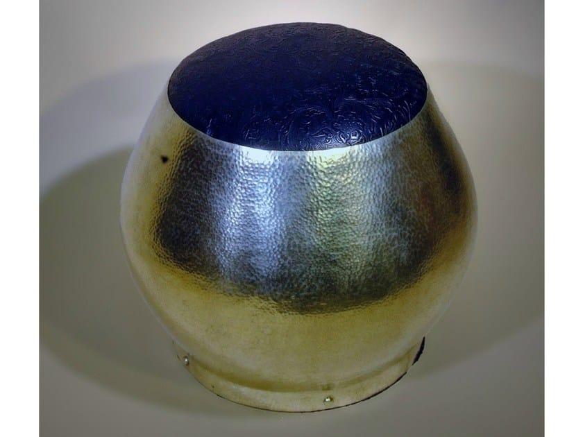 Pouf imbottito in metallo 40100 | Pouf by Tisserant