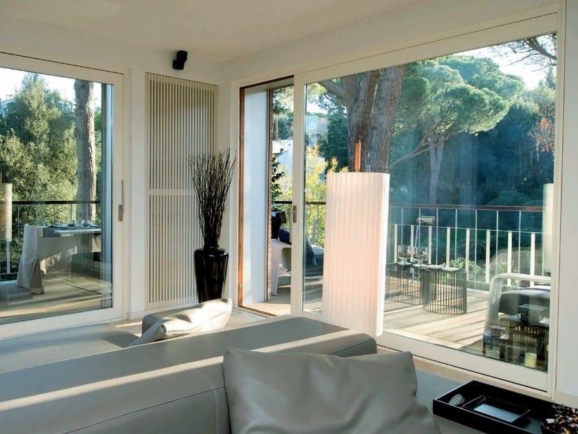 Aluminium and wood patio door Patio door by Agostinigroup