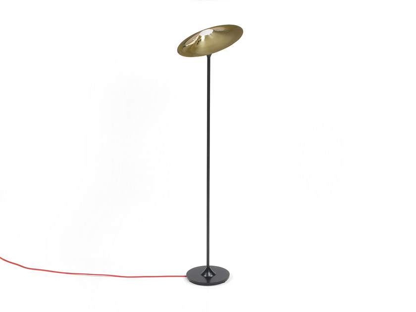 Halogen brass floor lamp SKEW BLACK | Floor lamp by Intueri Light