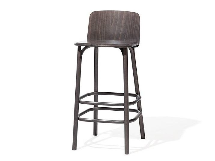 Wooden stool with back SPLIT | Wooden stool by TON