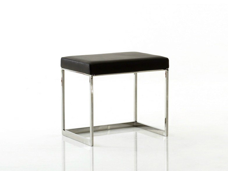 Low sled base stool SQUAT | Low stool by YOMEI