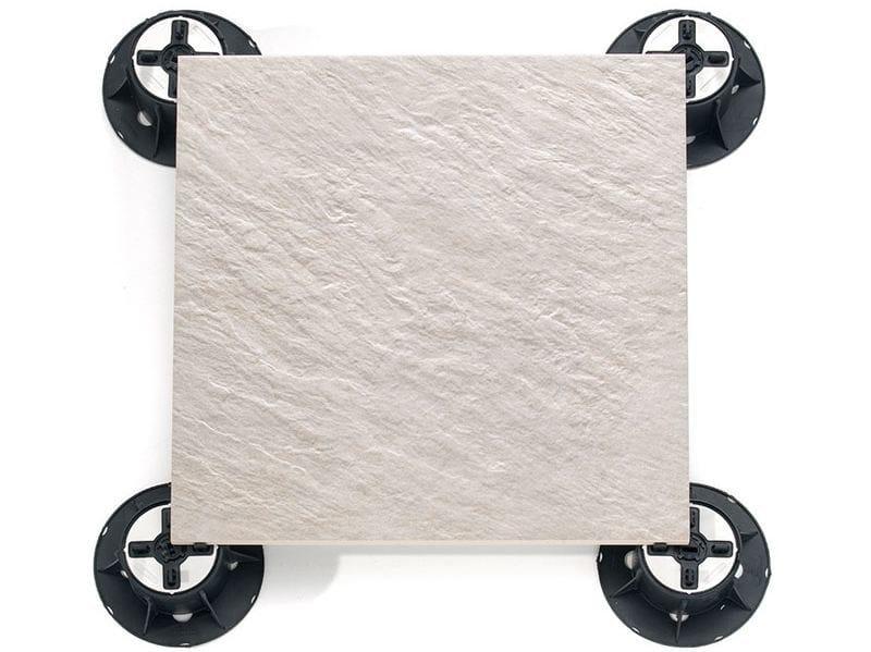 Ceramic materials Modular system for raised flooring TOP by Italfloor
