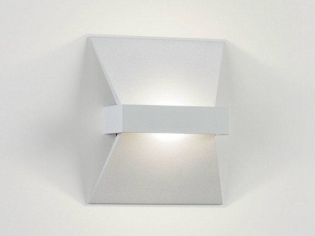 LED wall light CAMUS 10 LED WW by Delta Light